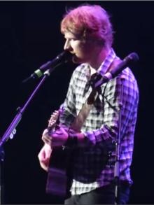 Ed Sheeran apresenta