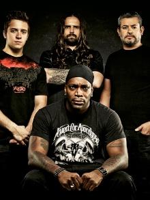 Sepultura comemora 30 anos de formação e lança 'Under My Skin'