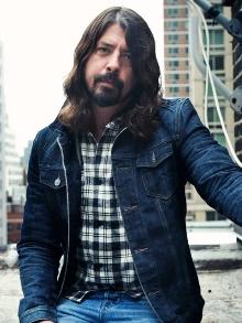 Dave Grohl posta comunicado cancelando os shows do  Foo Fighters