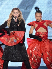 Madonna estreia sua turnê