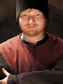 Ed Sheeran canta música de estreia da série