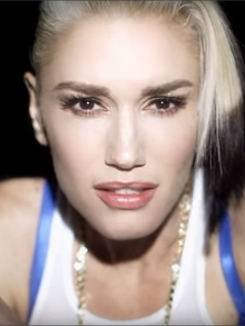 Gwen Stefani: Confira o clipe do novo single 'Used To Love You'