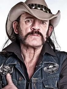 Lemmy Kilmister ganhará homenagem com estátua em tamanho real
