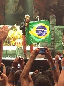Iron Maiden e Maroon 5 fazem show no Brasil e os fãs saem feliz da vida