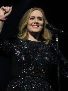 Adele escolhe próxima música de trabalho para as rádios. Escute aqui