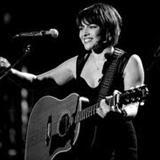 Norah Jones - Living Room, NYC 9.20.00