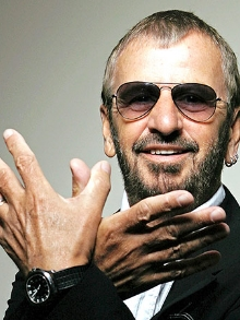 Ringo brinca com Beatles com a canção 'Postcards From Paradise'