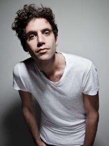 Mika: veja o clipe de 'Good Guys'