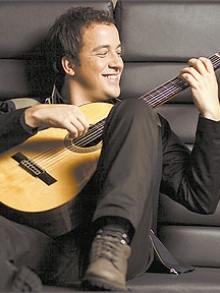 Rafael Cortez, do CQC, lança o projeto Música Divertida Brasileira