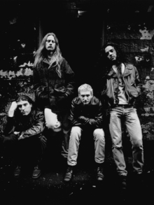 Biografia do Alice in Chains é lançada
