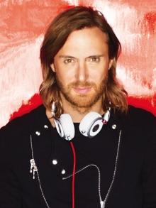Hoje (7), David Guetta faz 48 anos. Veja alguns momentos de sua vida