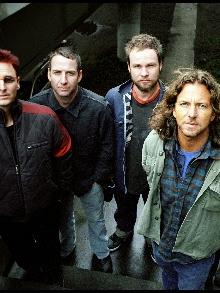 Autobiografia em português do Pearl Jam chega ao Brasil