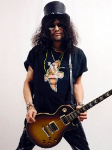Slash publica foto que seria do ensaio do Guns
