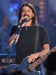 Hoje é dia de Dave Grohl. Veja por que ele é o cara mais legal do rock