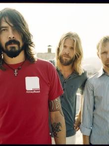 Foo Fighters desmente separação em vídeo irônico. Assista aqui