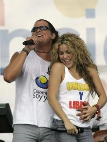 Shakira, Clapton, Ariana, Macklemore e Ryan Lewis outros têm novas músicas