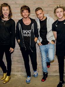 O que os meninos do One Direction estão fazendo nesse período separados