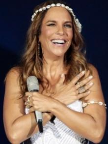 Ivete Sangalo lança novo DVD 'Acústico em Trancoso'