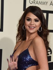 Selena Gomez fará show no Z Festival (SP) e Tiago Iorc prepara filme-DVD