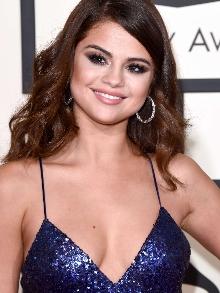 Selena anuncia pausa  para cuidar da saúde. E os shows no Brasil?