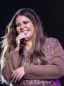 Marília Mendonda libera clipe da música inédita 'Saudade do meu ex'