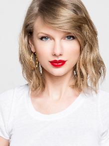 Notícia boa: Taylor Swift está de volta aos estúdios