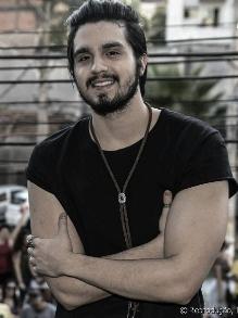 Luan Santana lança música e clipe de 'Dia, Lugar e Hora'