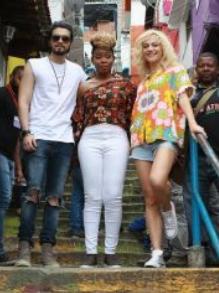 Luan Santana se junta a cantores internacionais e grava clipe no RJ