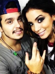 Luan Santana libera clipe oficial com Anitta com direito a making of