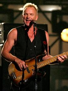 Sting, que vem para SP em maio, lança novo clipe. Veja aqui