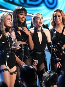 Fifth Harmony arrasa cantando como quarteto. Assista aqui