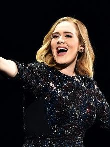 Adele é mais uma atração confirmada para cantar no Grammy