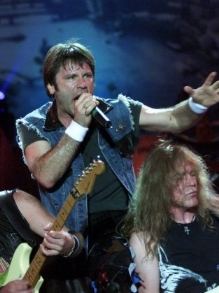 Iron Maiden libera vídeo da música de 'Wasted Years'