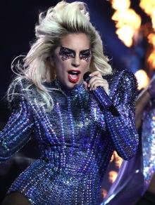 Gaga arrasa no Super Bowl e faráshow no Rock in Rio; Fergie deve vir