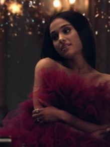 Sai clipe lindo de 'A Bela e a Fera' com Ariana Grande e John Legend