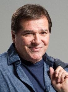 Morre Jerry Adriano, aos 70 anos. Relembre seu talento para cantar