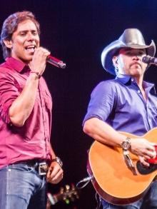 show Guilherme e SantiagoSerra/ES