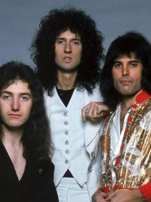 Mais um lyric vídeo do Queen é liberado. Assista aqui Somebody To Love