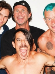 Red Hot Chili Peppers libera clipe de 'Goodbye Angels'. Assista aqui