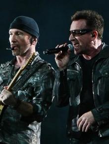 U2 estreia turnê comemorativa e canta música inédita. Veja aqui