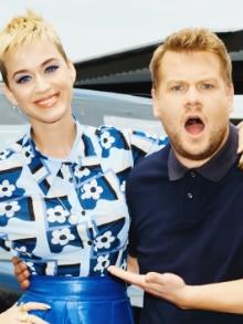 Katy Perry e Harry Styles pegam carona no Carpool Karaoke e mandam bem