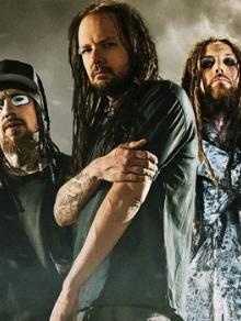 Korn libera clipe de 'Black is the Soul' e é lançado jogo de Motorhead