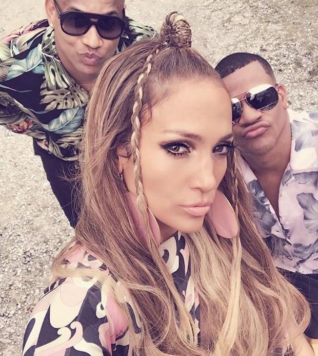 foto: 2 - Tem clipe novo da Jennifer Lopez e do Major Lazer com Camila Cabello