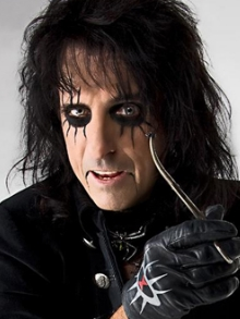 Alice Cooper divulga lyric video da música