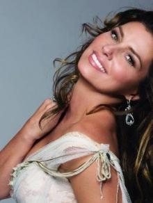 Shania Twain libera música inédita 'Poor Me'. Escute aqui