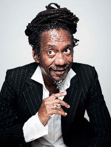 Luiz Melodia morre aos 66 anos. Relembre aqui seu sucesso