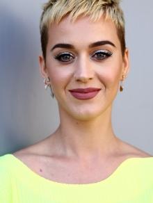 Katy Perry lança clipe de 'Swish Swish' e Gretchen fica de fora