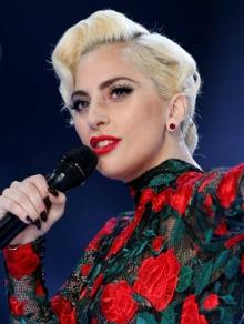 Gaga lança documentário e Fifth Harmony e Manu Gavassi liberam clipe