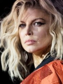 Fergie toda diferente no clipe da música inédita Like It Ain't Nuttin