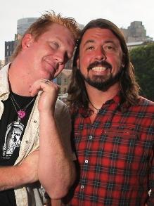 Sai valores dos ingressos do Foo Fighters e Queens of the Stone Age